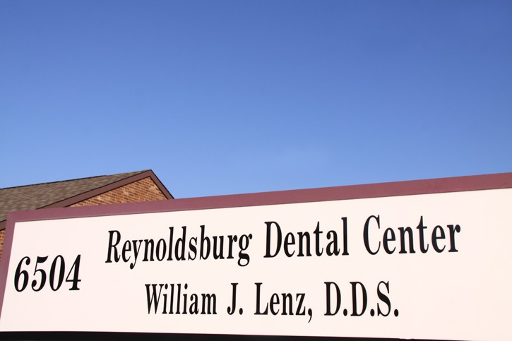 Reynoldsburg Dental Center Sign